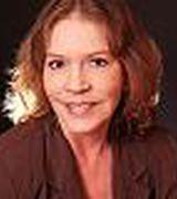 Linda Woodwa…, Real Estate Pro in Prairie Village, KS