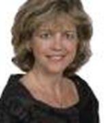 Julie Overbye, Real Estate Agent in North Oaks, MN