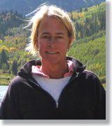 Suzanne Hand, Agent in Mystic, CT