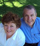 Ray and Janet Pucci, Agent in Delhi, NY