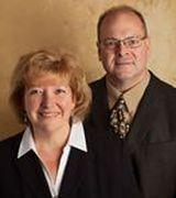 Lori & Doug Larson, Real Estate Agent in Menomonee Falls, WI