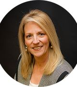 Caron Renik, Real Estate Agent in Salem, NH