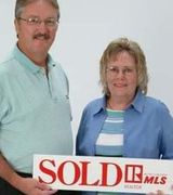 Susan and Bi…, Real Estate Pro in Taylorsville, KY