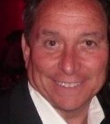 Gary Lowy, Agent in Bellmore, NY
