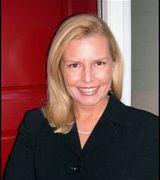 Profile picture for Caroline Dinsmore