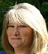 susan Lindquist, Agent in Sayville, NY