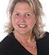 Meredith Kvittem, Real Estate Agent in Lakeville, MN