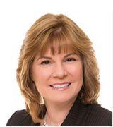 Carol Maclachlan, Real Estate Agent in Branford, CT