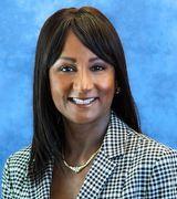 Tina Maraj, Agent in Fullerton, CA