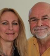 Peter and Stella Ilani, Agent in Kingston, NY