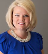 Nicole Johnson, Real Estate Agent in Bettendorf, IA