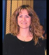 Donya Sanbow…, Real Estate Pro in Falling Waters, WV