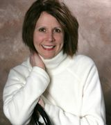 Lisa Moore, Agent in Clinton Township, MI