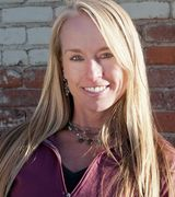 Laura Hilton, Agent in Bend, OR