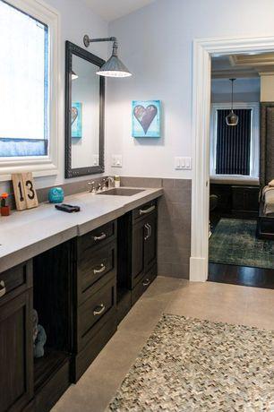 Traditional Master Bathroom with MS International Golden Beaches Limestone, MS International  Mediterranean Taupe Limestone