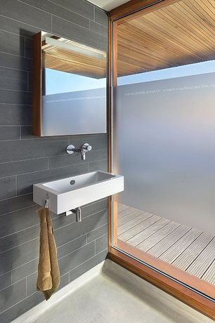 Contemporary Full Bathroom with Duravit, Concrete, Salerno porcelain tile
