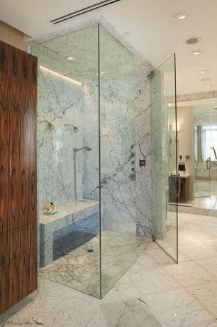 Contemporary Master Bathroom with Wall sconce, Master bathroom, Freestanding, frameless showerdoor