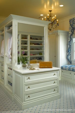 Traditional Closet with Chandelier, Carpet, Window seat, Crown molding, six panel door, Standard height, double-hung window