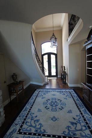 Traditional Entryway with Currey & company grayson, Smithsonian Rugs Smithsonian Ivory/Blue Area Rug