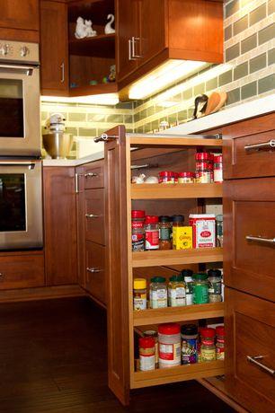 Modern Pantry with Standard height, Hardwood floors, Built-in bookshelf