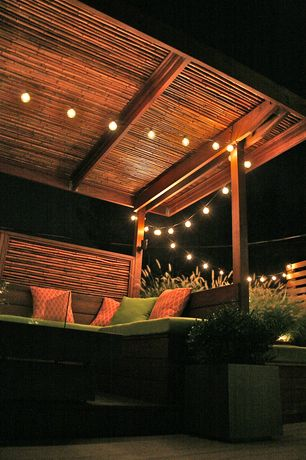 Contemporary Deck with Trellis
