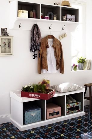Traditional Mud Room with Built-in bookshelf, Carpet