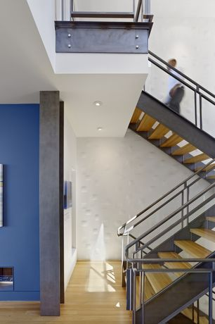 Contemporary Staircase with Laminate floors, High ceiling, Glass staircase, Loft