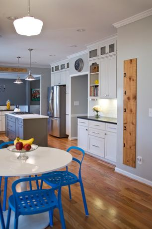 Traditional Kitchen with Shaker cabinet, gas cooktop, Paint 2, Docksta table, white, Built-in bookshelf, Kitchen island