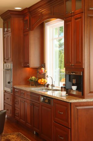 Traditional Kitchen with Miele M-Touch Series CVA6800, L-shaped, Raised panel, Marble.com Brazilian Gold Granite