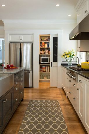 Traditional Kitchen with Farmhouse sink, Hardwood floors, High ceiling, Alno A814-14-AP Round Cabinet Knob, Kitchen island