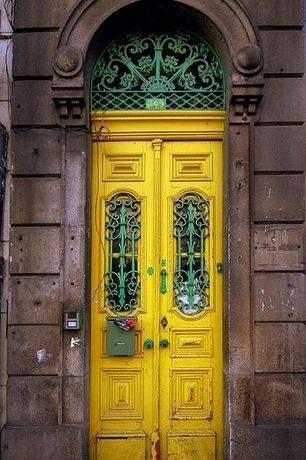 Eclectic Front Door with Paint 2, Scroll leaf wall frieze, Paint 1