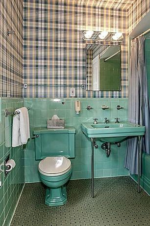 Country Full Bathroom