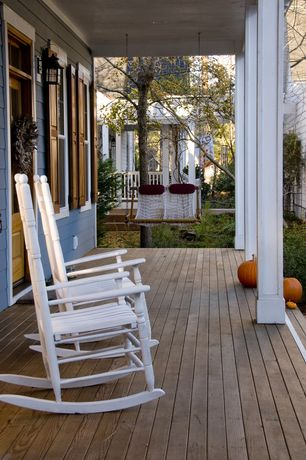 Cottage Porch with Screened porch, Glass panel door, Fence