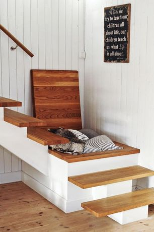 "Country Staircase with Floating staircase, Lumber liquidators clover lea  3/4"" x 5-1/8"" x 6' new england white pine"