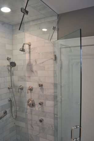 Traditional Master Bathroom with Master bathroom, Rain shower, Pivoting window, frameless showerdoor, Handheld showerhead