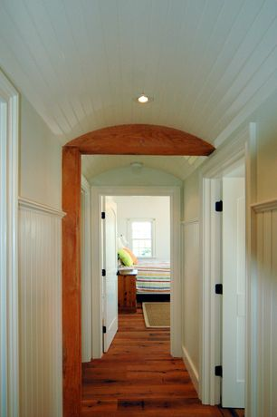 Craftsman Hallway with House of fara 8 sq ft. mdf overlapping wainscot interior paneling kit