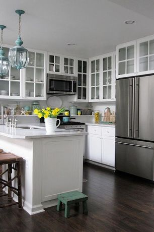 Traditional Kitchen with Simple marble counters, Pendant light, U-shaped, Breakfast bar, Flush, Glass panel, Undermount sink