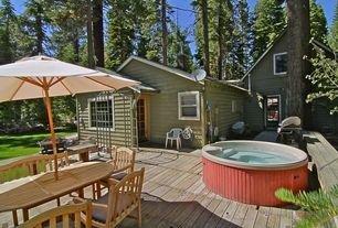 Cottage Hot Tub with Arbor, Outdoor kitchen, French doors, Fire pit