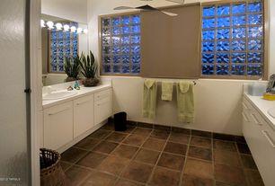 Modern Full Bathroom with Daltile Glass Block Decora Arque Block, Daltile Saltillo Sealed Antique Adobe Field Tile, Frameless