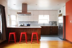 Modern Kitchen with U-shaped, Penny Tile, Kitchen island, Flush, European Cabinets, White zeus extreme, Undermount sink