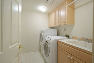 Traditional Laundry Room with flush light