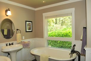 Traditional 3/4 Bathroom with can lights, wall-mounted above mirror bathroom light, Crown molding, Standard height