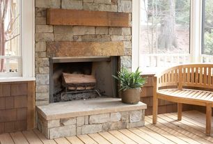 Cottage Porch with Fire pit, Screened porch