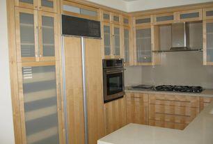 Modern Kitchen with KitchenAid 36-Inch 5 Burner Gas Cooktop, Architect Series II - Stainless Steel, Undermount sink, U-shaped
