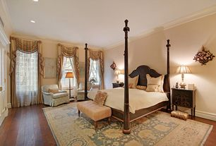 Traditional Master Bedroom with double-hung window, Hardwood floors, Crown molding, can lights, Standard height