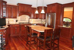 Craftsman Kitchen with Raised panel, dishwasher, Undermount sink, Freestanding Full Size Top Freezer Refrigerator, Flush