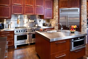 Contemporary Kitchen with U-shaped, European Cabinets, Kitchen island, Stainless Steel, Stainless steel counters, Flush