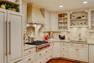 Country Kitchen with Izmir Travertine Mosaic - Empire Series Classic Beige, Undermount sink, Raised panel, Stone Tile, Flush