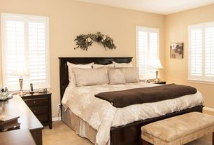 Traditional Master Bedroom with Carpet, Casement, Standard height
