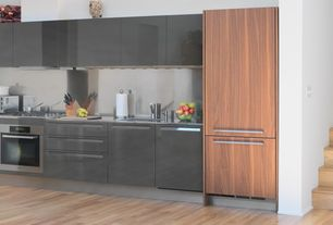 Modern Kitchen with Stainless steel backsplash, Undermount sink, European Cabinets, Destiny: acrilux cabinets, One-wall
